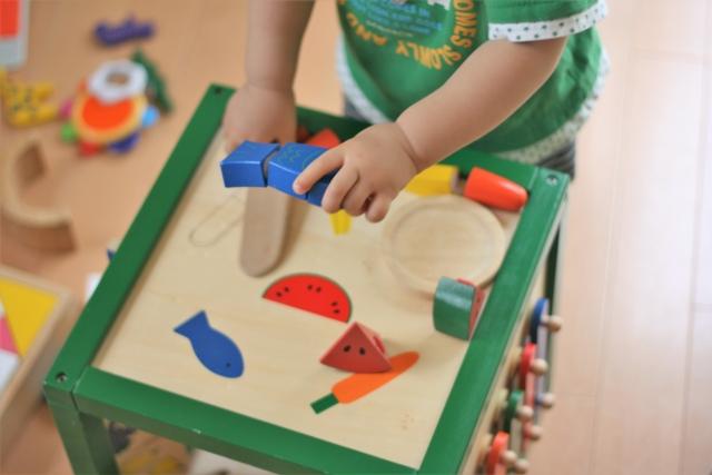 日本生命、3時間半勤務導入へ。営業職の介護や育児支援
